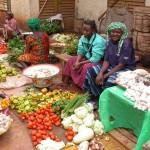 femmes au marché-crédit photo wikipédia